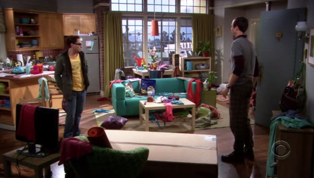 Penny's_messy_apartment