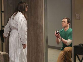 Sheldon megkéri Amy kezét