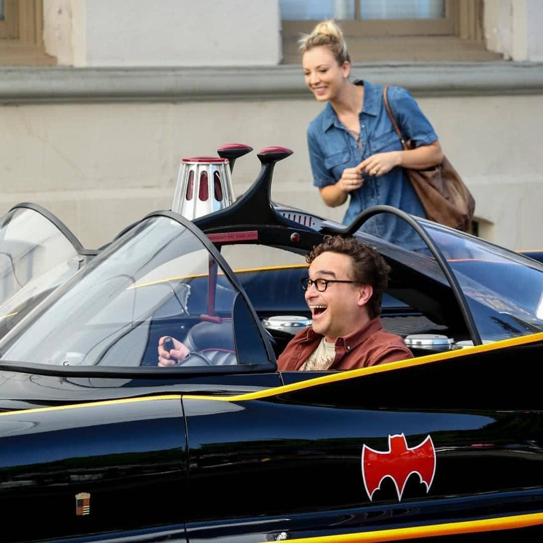 Leonard Penny és a batmobil